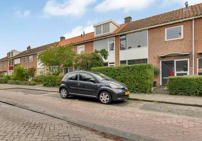 Emmastraat 78 in Pijnacker 2641 EH