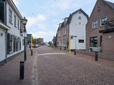 Hoekstraat 114 in Bunschoten-Spakenburg 3751 AN
