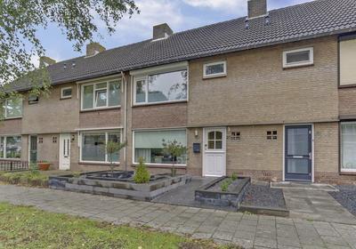 Stadsweg 27 in Geertruidenberg 4931 EC