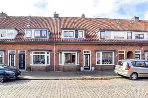 Gladiolenstraat 13 in Santpoort-Noord 2071 NS