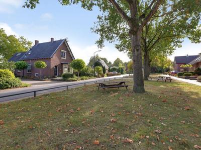 Van Schaffelaarweg 15 in Beekbergen 7361 AG