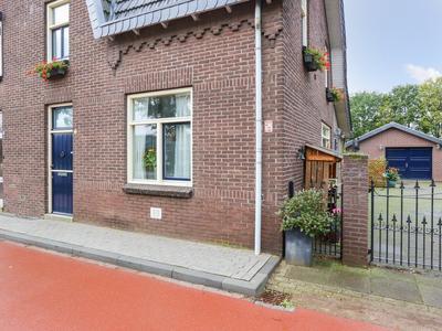 Rijksweg 9 in Reuver 5953 AA