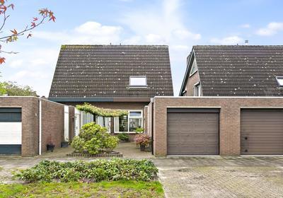 Ravelstraat 108 in Bergen Op Zoom 4614 XH