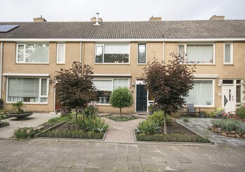 Klooslaan 30 in Ridderkerk 2985 CL