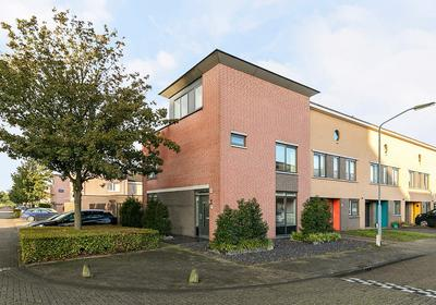 Erik Pinksterblomstraat 33 in Oosterhout 4906 ER