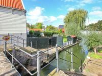 Nieuwendammerdijk 297 in Amsterdam 1025 LM