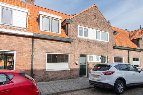 De Ruyterstraat 56 in Zwolle 8023 TV