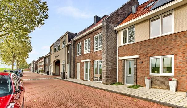 Wilhelminastraat 26 in Vianen 4132 GE