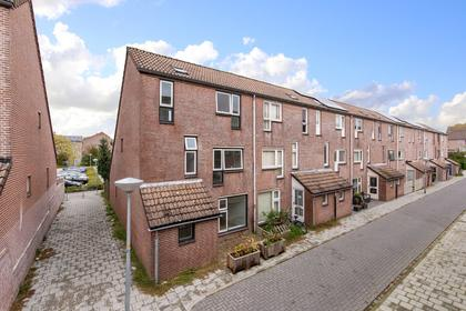 Velsenpad 27 in Almere 1324 PZ