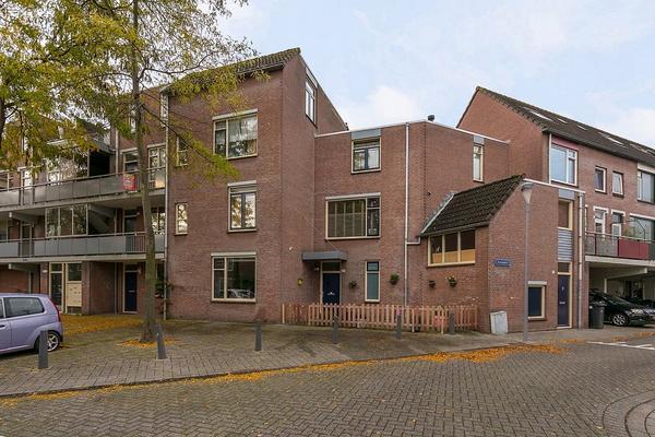 Kopenhagenstraat 27 in Rotterdam 3067 DE