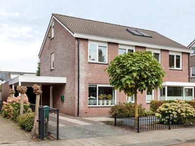 Oldenzaalsestraat 497 in Hengelo 7557 GN