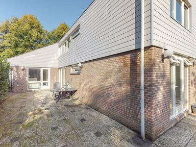 Strijenlaan 6 in Geertruidenberg 4931 HE