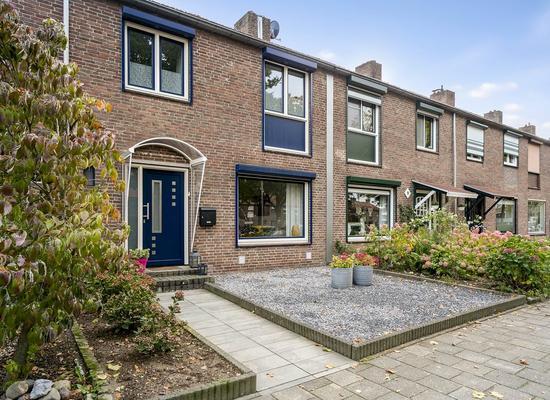 Stikkerstraat 7 in Landgraaf 6372 BA