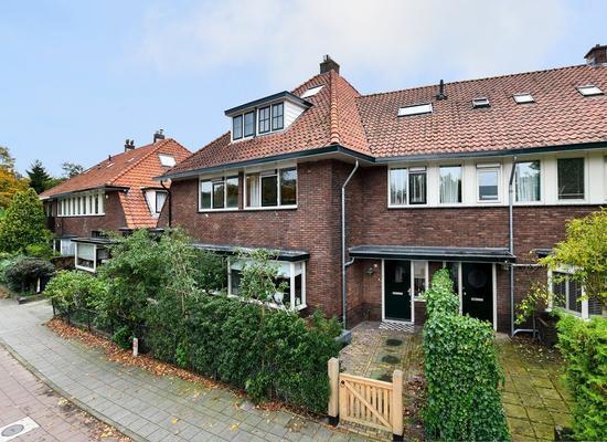 Gijsbrecht Van Amstelstraat 470 in Hilversum 1216 CE