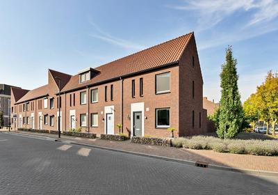 Raadhuisplein 74 in Boxmeer 5831 JX