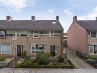 Burgemeester Van Claarenbeekstraat 17 in Ravenstein 5371 BK