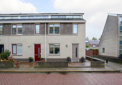 Bazuindreef 100 in Harderwijk 3845 DD