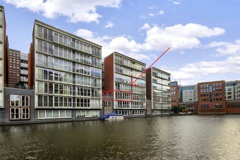 Valkenburgerstraat 194 D in Amsterdam 1011 NC