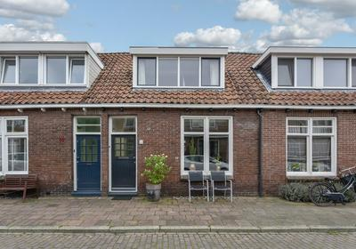 Pieter Florisstraat 8 in Hoorn 1623 RT