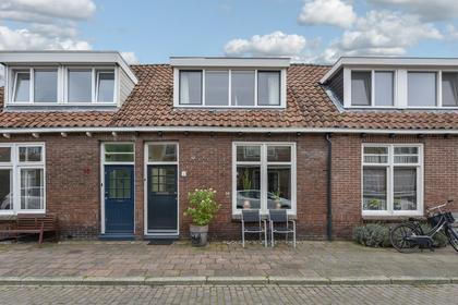 Pieter Florisstraat 8 in Hoorn 1623 RT
