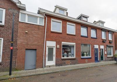 Velveweg 180 in Enschede 7533 XL