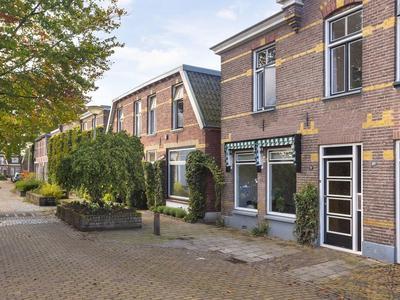 Bataviastraat 17 in Hengelo 7556 SK
