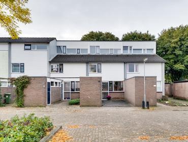 Vijfde Haren 10 in 'S-Hertogenbosch 5233 BL