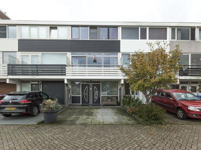 Valeriusplein 22 in Alphen Aan Den Rijn 2402 TL