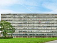 Burgemeester Hogguerstraat 221 in Amsterdam 1064 CN
