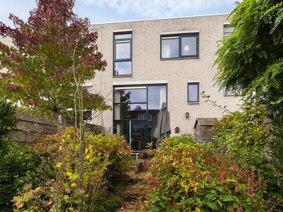 Arie De Zeeuwstraat 29 in Rotterdam 3065 PA