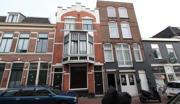 Kanaalstraat 23 Zwart in IJmuiden 1975 BA
