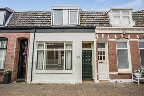 Emmastraat 16 in Den Helder 1782 PD