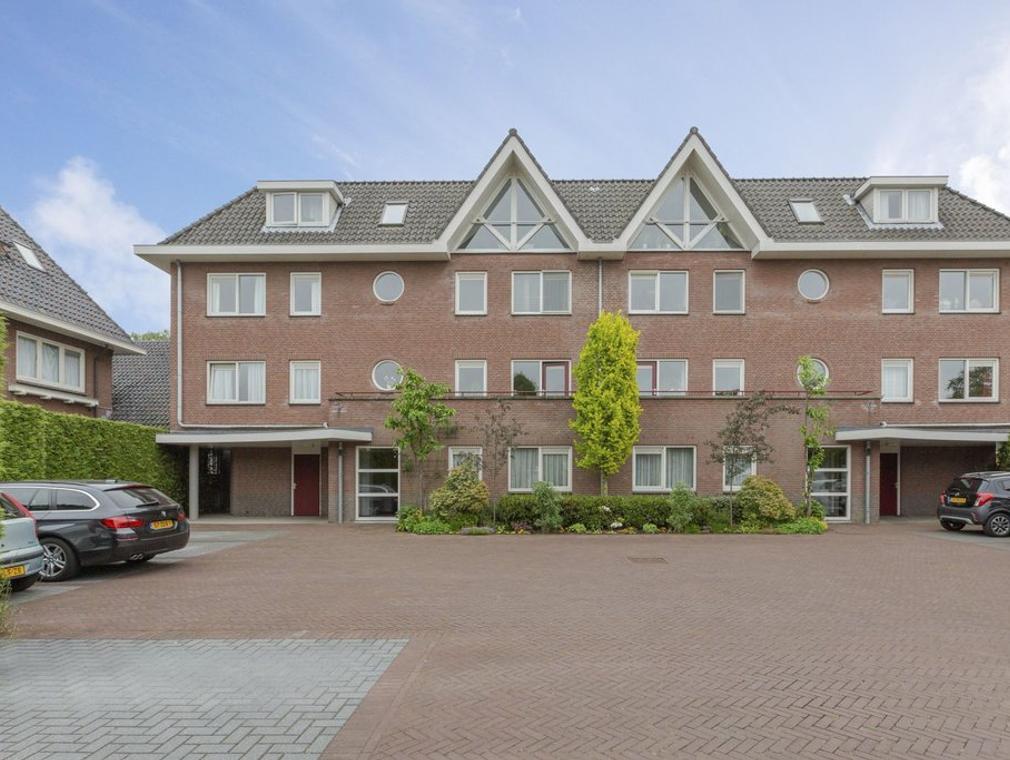 H. Kamerlingh Onnesweg 76 J in Bussum 1402 EK