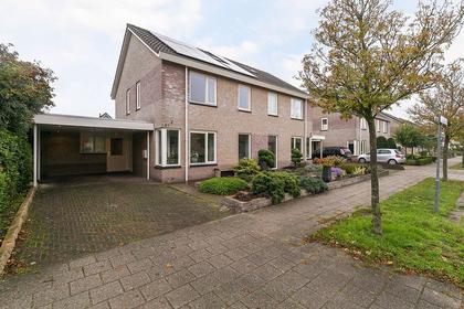 Zuidelijke Hoofddijk 27 in Nijverdal 7443 RS