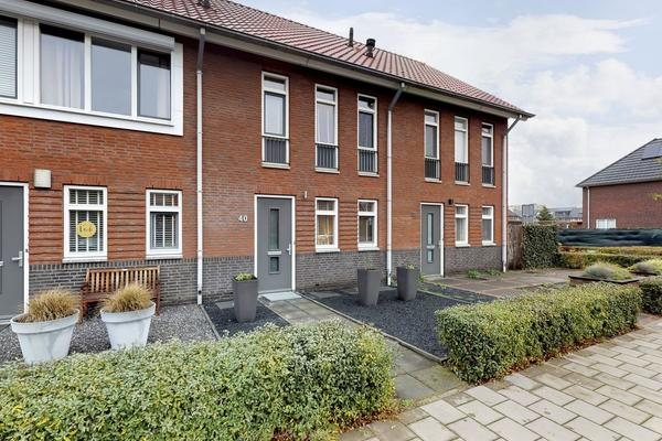 IJzertijd 40 in Oosterhout 4906 LD