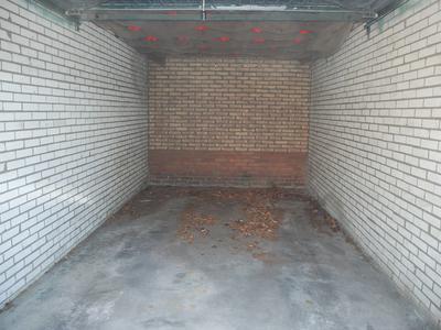 Gomarushof Garage 12 in Hilversum 1216 KH