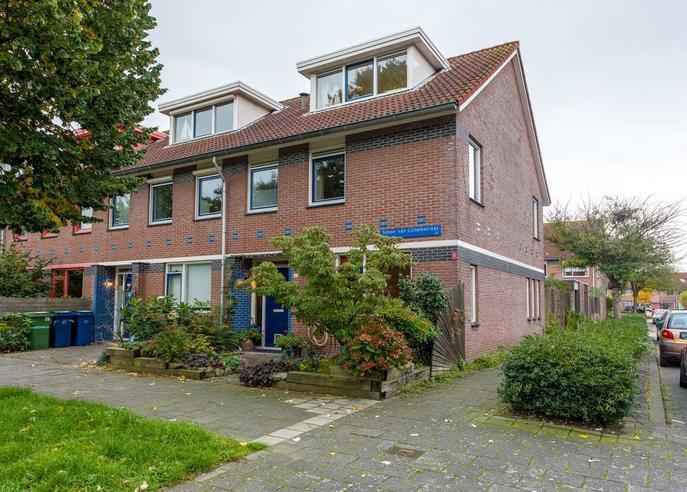 Simon Van Collemstraat 22 in Almere 1325 NB