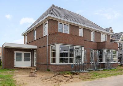 Bosbeemd 3 in Vlijmen 5251 BX
