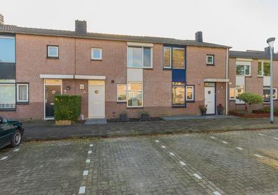 Suze Groeneweghof 6 in Hoofddorp 2135 NK