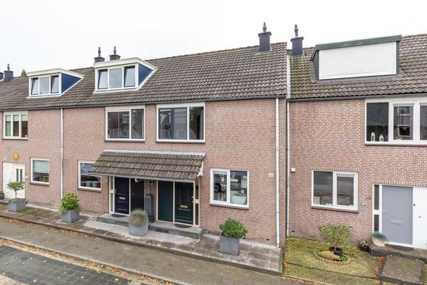 Albert Verweijlaan 12 in Hillegom 2182 PW