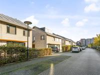J.W. Pienemanstraat 14 in Deventer 7424 DK