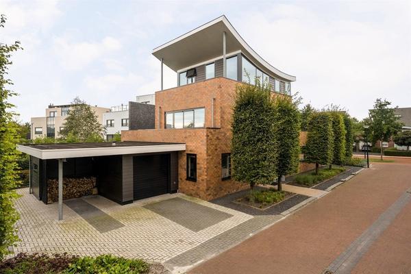 Willem Lodewijklaan 107 in Heerenveen 8448 PH