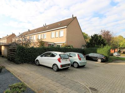 Hildo Kropstraat 82 in Steenwijk 8331 SP