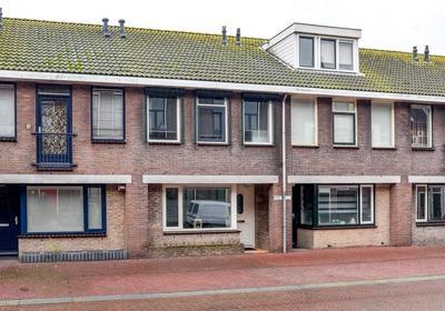 Kanaalstraat 72 C in IJmuiden 1975 BG