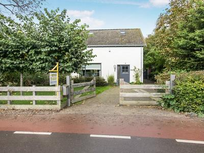 Dorpsweg 102 in Schellinkhout 1697 KE