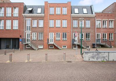 Hoge Rijndijk 4 2 in Woerden 3449 HA
