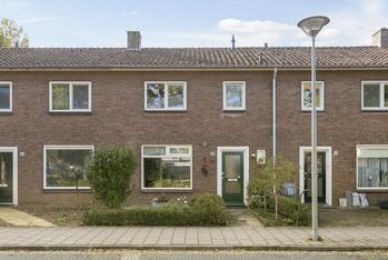 Troelstralaan 100 in Zutphen 7204 LH