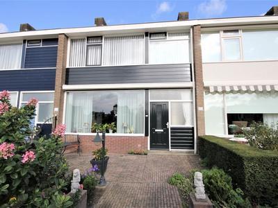 P.C. Hooftlaan 29 in Papendrecht 3351 EK