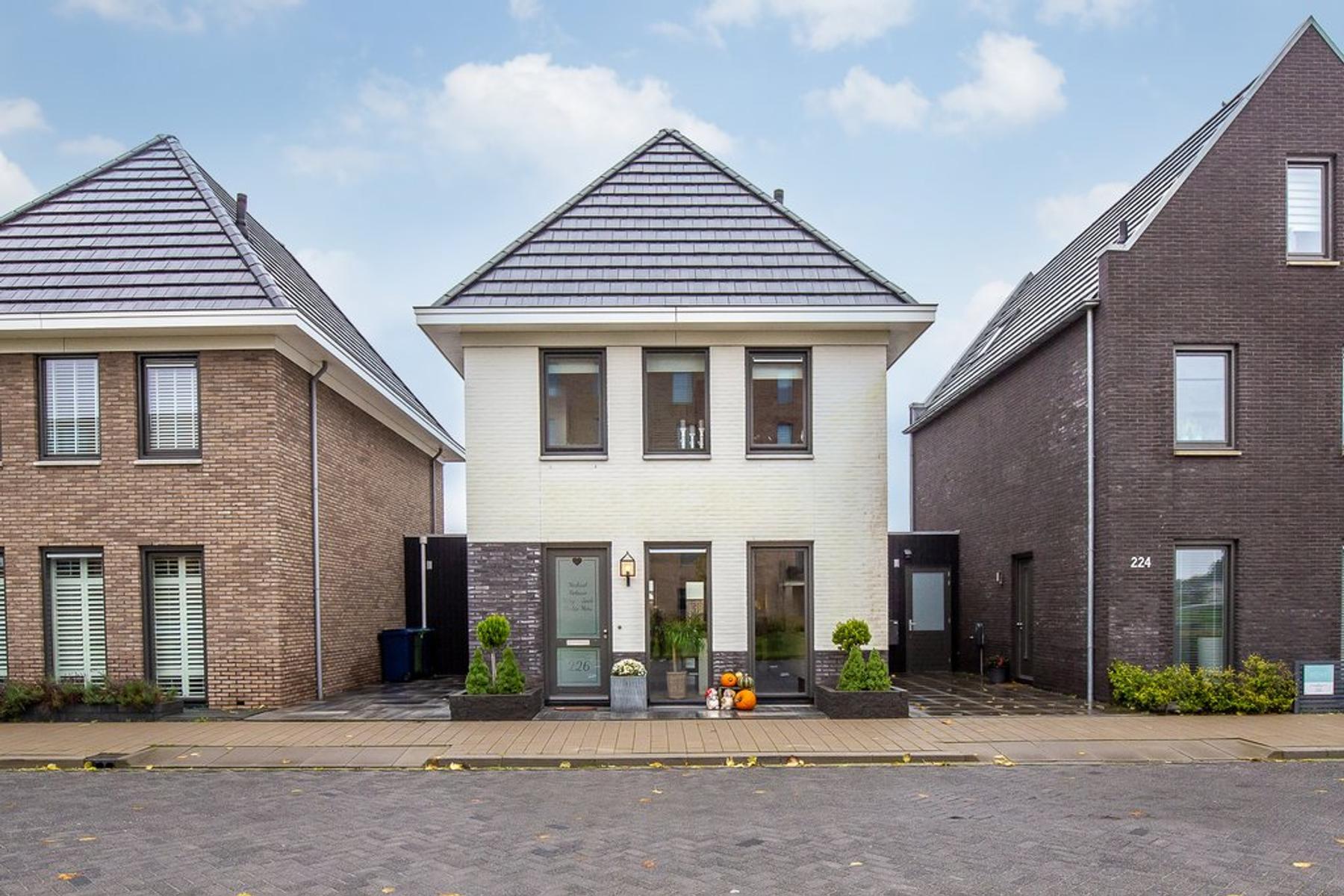 Boelijn 226 in Almere 1319 DP