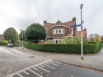 Comeniuslaan 1 in Bussum 1404 AA